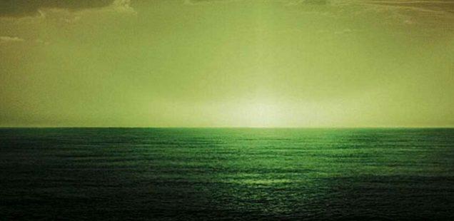 Зеленый луч на горизонте